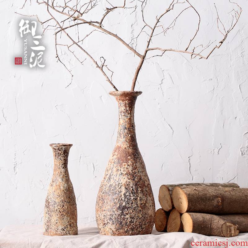 Retro thick clay POTS dry flower adornment furnishing articles teahouse rural ceramic vase planting manual small incision zen flower art