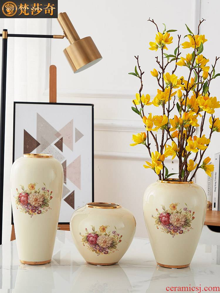The vase in The Nordic ceramic creative furnishing articles contracted dried flower arranging flowers sitting room adornment TV ark, water raise household decoration