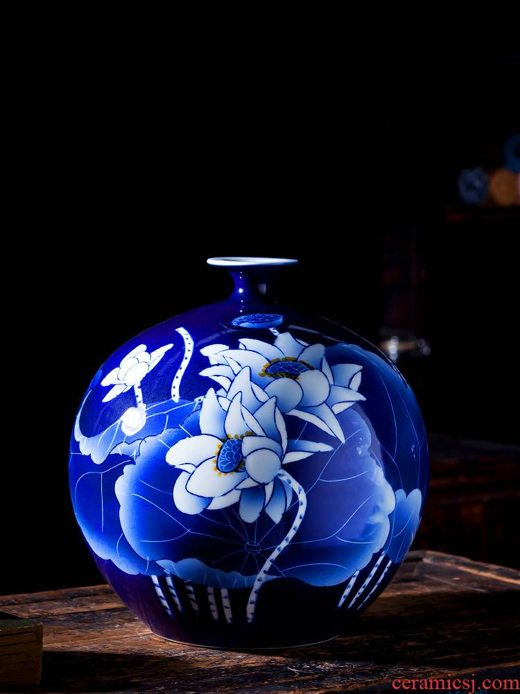 Jingdezhen ceramics vase sitting room hand blue and white porcelain lotus flower arranging Chinese famous home rich ancient frame furnishing articles