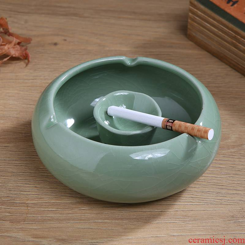 Jingdezhen ceramic crack ashtray home creative Chinese style living room decoration office car imitation of fly ash