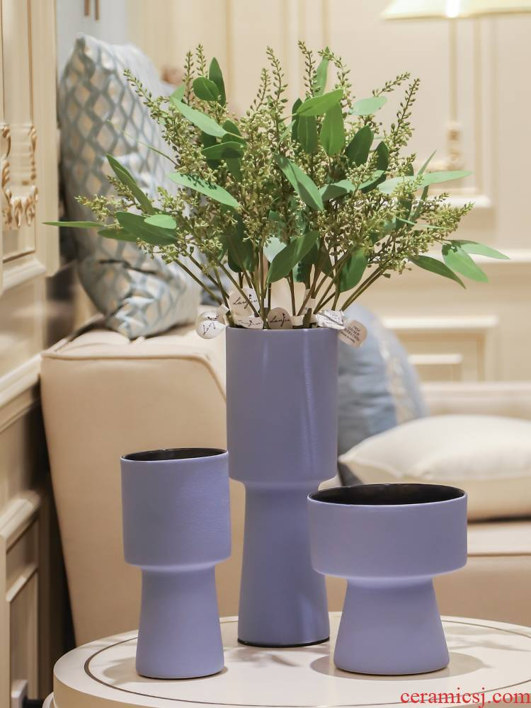 I and contracted Nordic mesa of art ceramic vases, flower implement simple fashion decoration decorative soft outfit example room