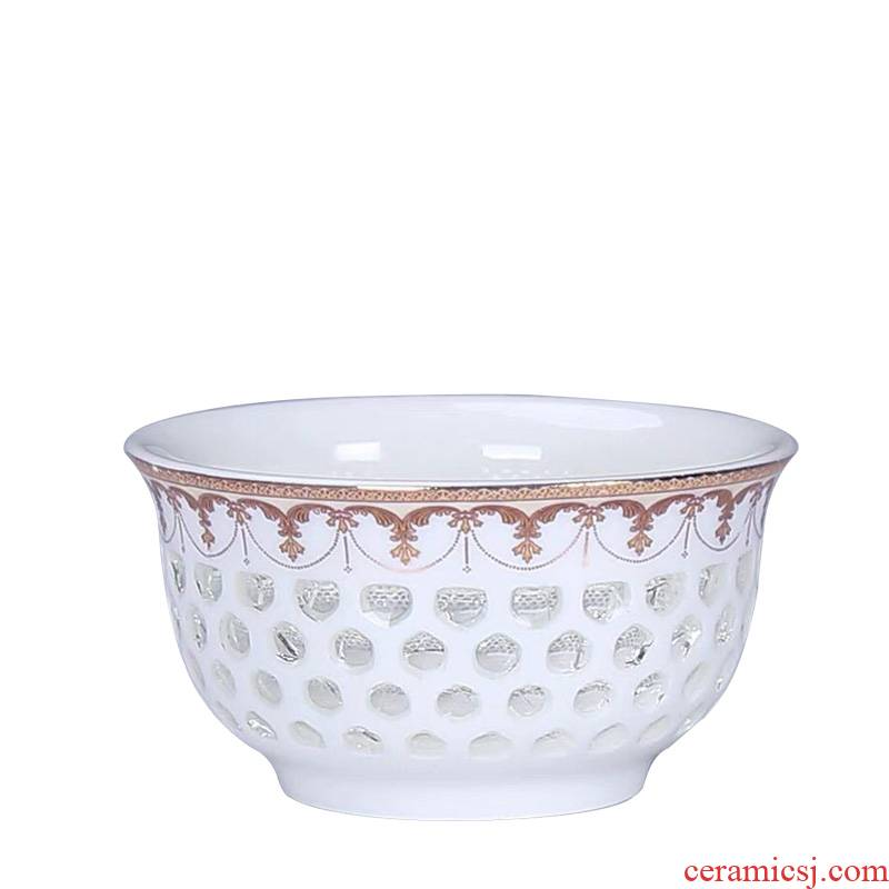 Blue and white porcelain ceramic honeycomb hollow out exquisite master kung fu tea cup sample tea cup noggin of individual cup
