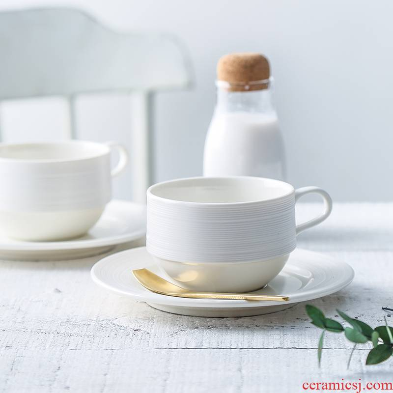 Small European - style key-2 luxury contracted ceramic coffee cups and saucers suit American Small delicate household good hangers coffee cup