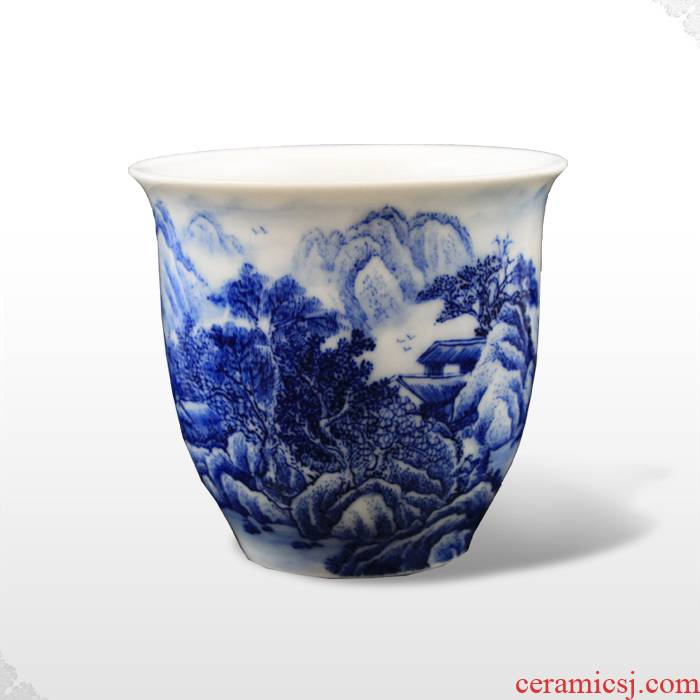 Offered home - cooked hand blue and white porcelain in jingdezhen porcelain tea set pressure hand cup bowl cups handless small glass by hand