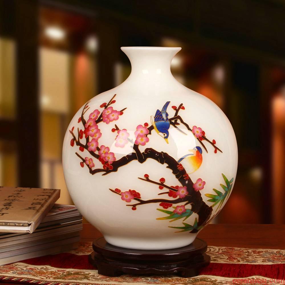 Jingdezhen ceramics beaming white vase vogue to live in high - grade gold straw handicraft furnishing articles