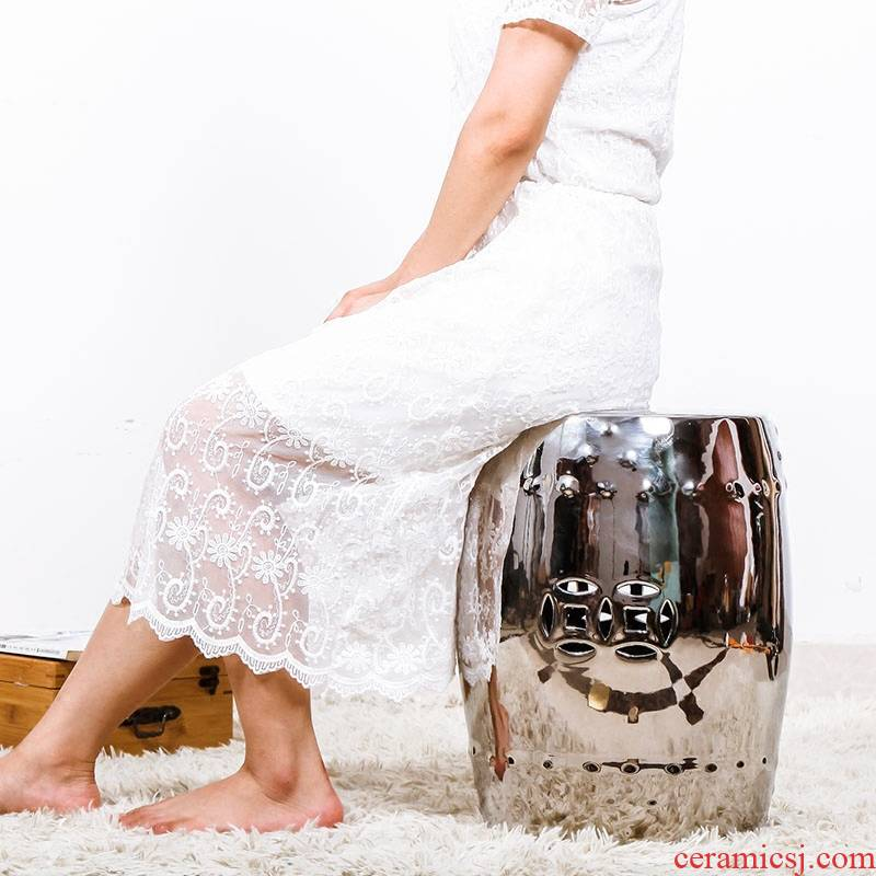 Chinese style dress and who shoes in who side what silver jingdezhen ceramic drum who in shoes who cold who sitting room creative furnishing articles