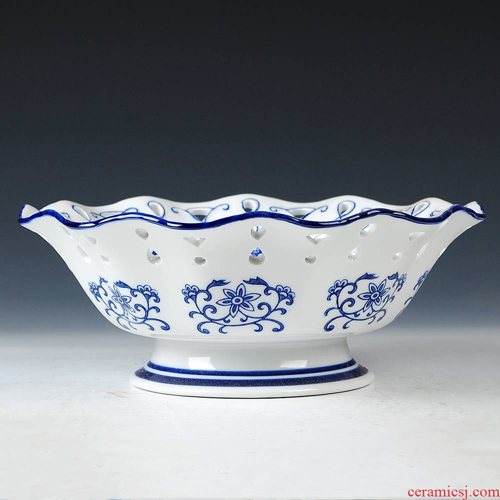 Classic blue and white porcelain of jingdezhen ceramics high basket of fruit snacks modern new Chinese style living room decoration