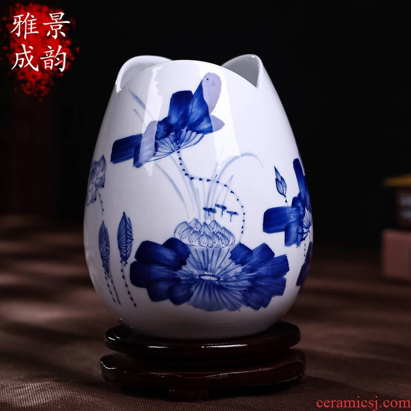 I and contracted household arts and crafts of jingdezhen ceramics hand - made lotus American pastoral flower vases, Chinese style