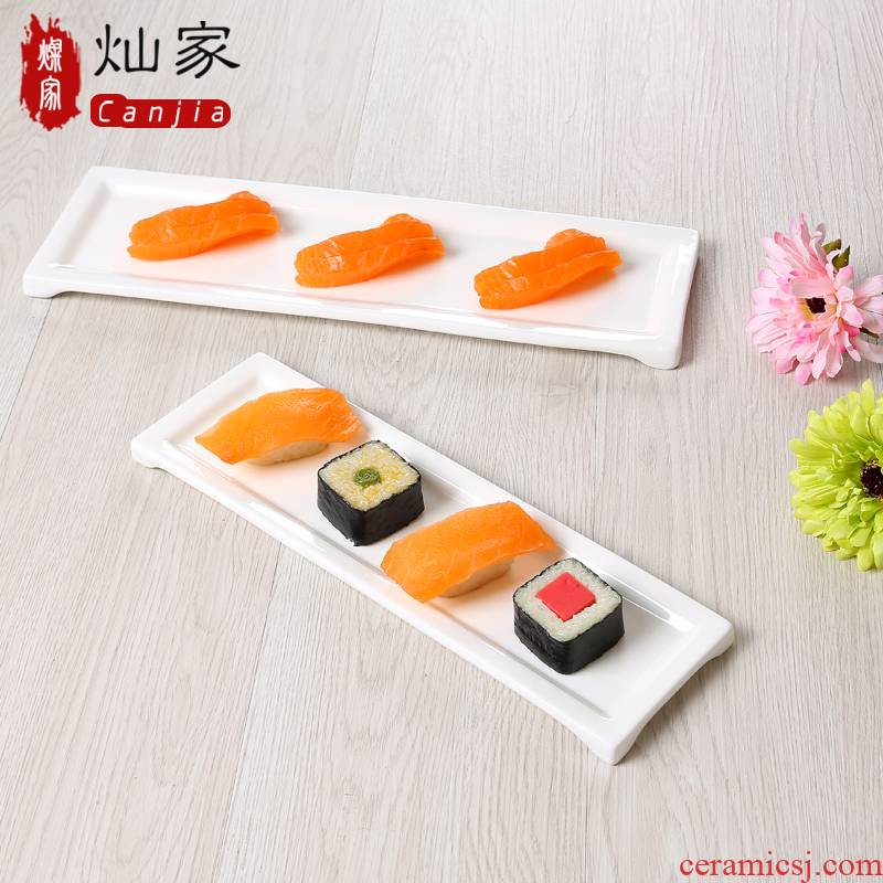 Creative pure white ceramic rectangular plate strip sushi dessert cake Japanese chicken wing plate plate plate