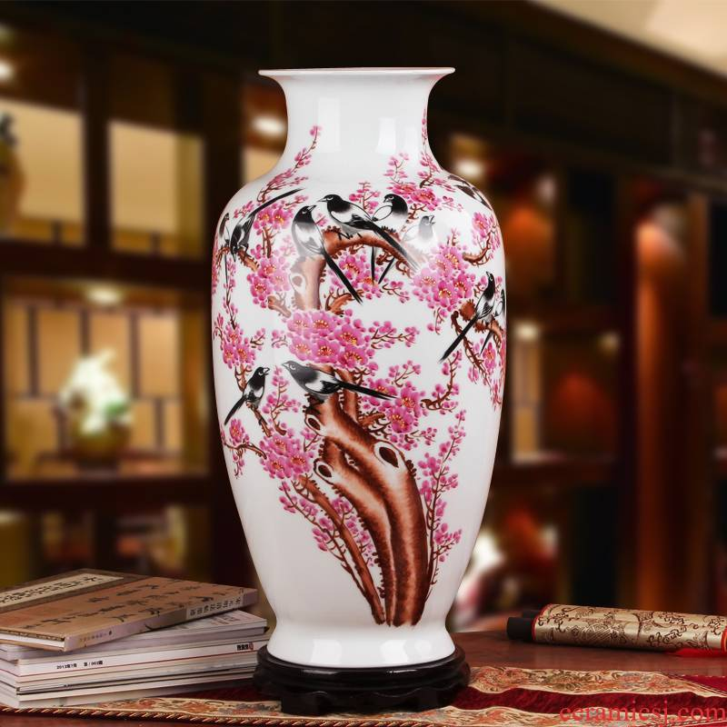 Famous hu, jingdezhen ceramics vase upscale gift porcelain hand - made pastel beaming goddess of mercy bottle