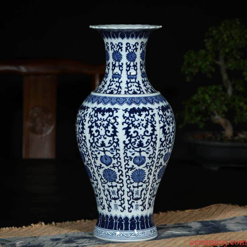 Jingdezhen ceramic vase manual rich ancient frame furnishing articles furnishing articles of blue and white porcelain bottle home sitting room adornment porch