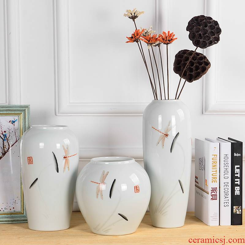 Jingdezhen ceramics creative furnishing articles in vase of new Chinese style living room wine porch ground home decoration