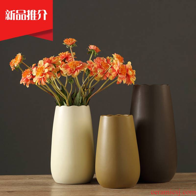 The modern ceramic vase furnishing articles creative living room small pure and fresh and dry flower arrangement table household soft adornment