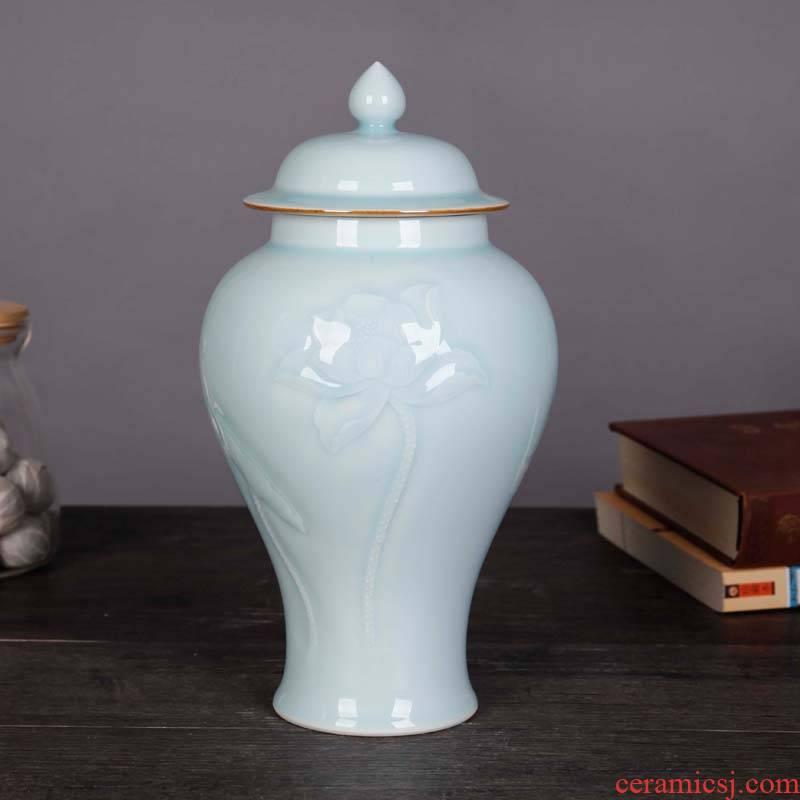 Jingdezhen ceramic household adornment pea green lotus general tank furnishing articles pu 'er tea storage tank of China