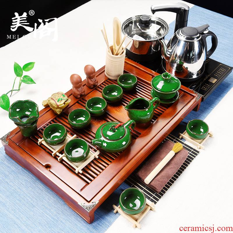 Beauty cabinet kung fu tea set of household solid wood, purple sand pottery and porcelain of a complete set of tea cups contracted ground tea tea tea taking