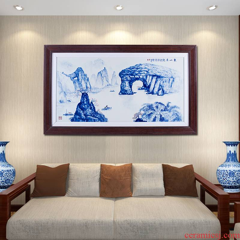 Hand made blue and white porcelain plate paintings of Chinese style living room sofa setting wall adornment landscapes hang a picture to office feng shui backer