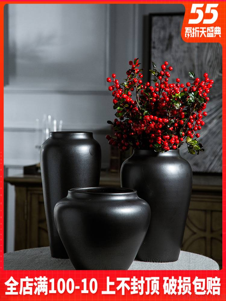 Jingdezhen ceramic vase furnishing articles coarse pottery black contracted dry flower arranging hotel retro hydroponic flower implement creative living room