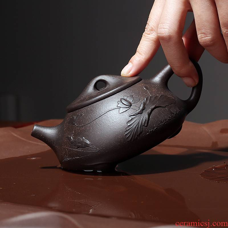 Undressed ore, black gold sand are it checking tea sets tea cup home all hand - made by stone gourd ladle the teapot