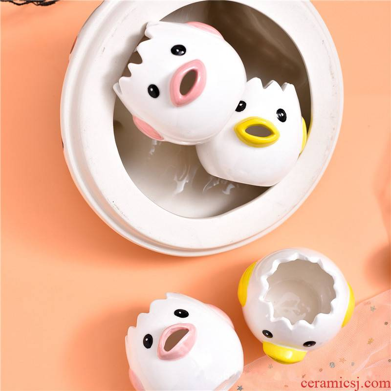 Creative cartoon ceramic household egg egg yolk egg white separator separator filters bakeware