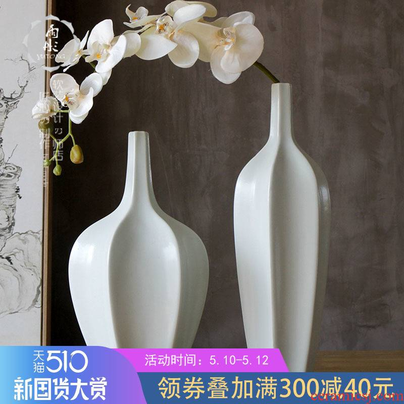 | manual bright white rain tong household contracted and furnishing articles flowers in the vase creative household porcelain decoration simple living room
