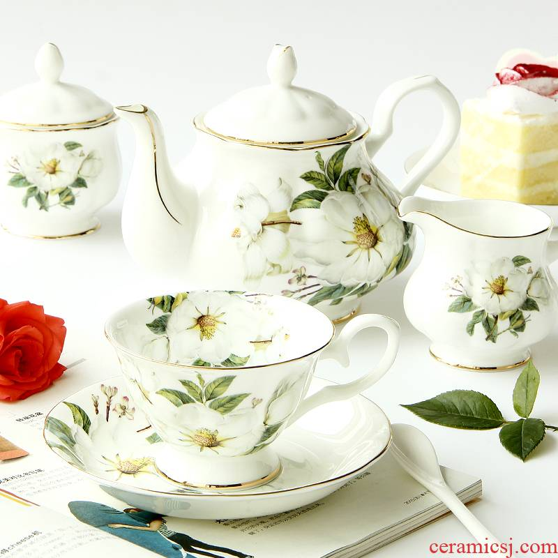 European tea sets coffee cups and saucers ipads China coffee English afternoon tea tea red ceramic cups small key-2 luxury