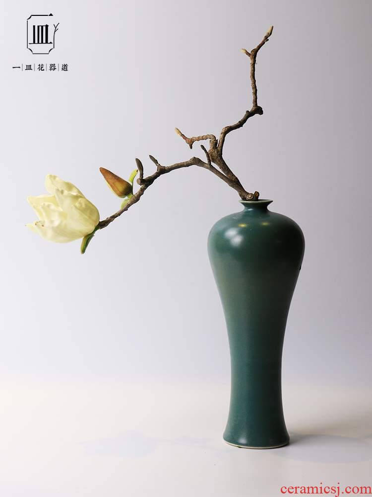 Japan buy antique ceramics of blue green name plum bottle arranging flowers, vases, ceramic vessels Japanese ikebana flower arrangement of restoring ancient ways