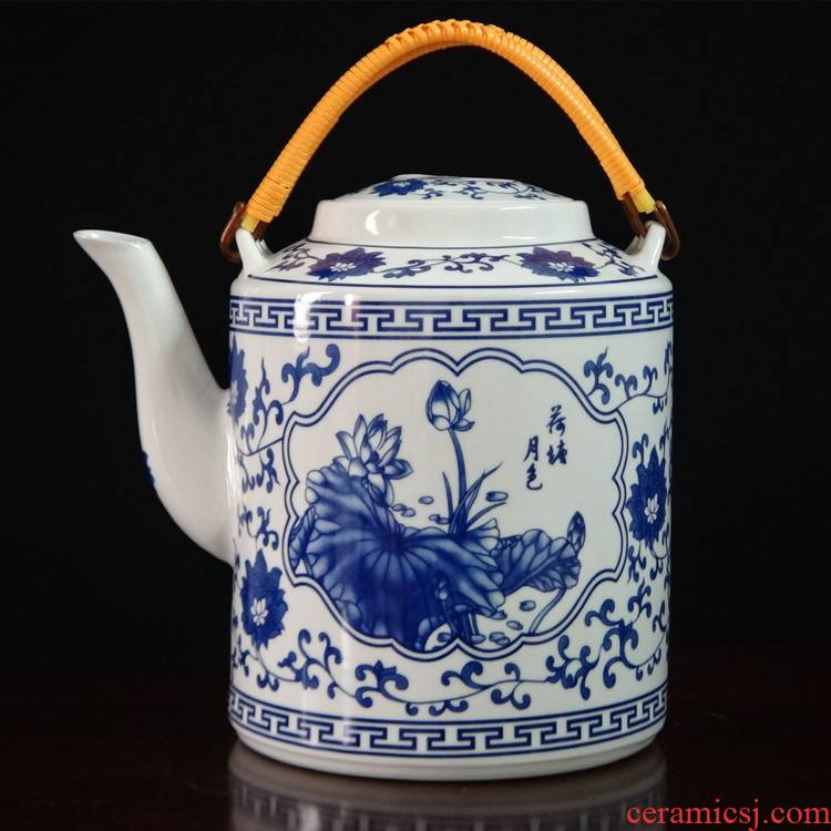 Jingdezhen porcelain ceramic girder pot of large capacity of household cool restaurant table boiling water tea kettle CiHu mail bag