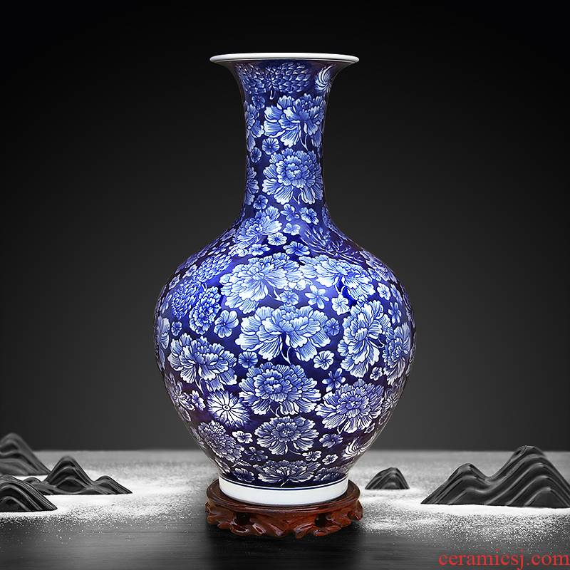 Jingdezhen ceramics furnishing articles traditional Chinese blue and white vase hand - made archaized decorations living room a study place
