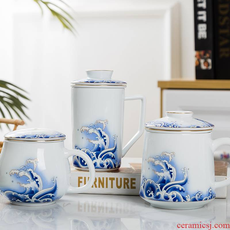 Jingdezhen blue and white porcelain ceramic cups with cover large capacity filter separation office personal tea cups