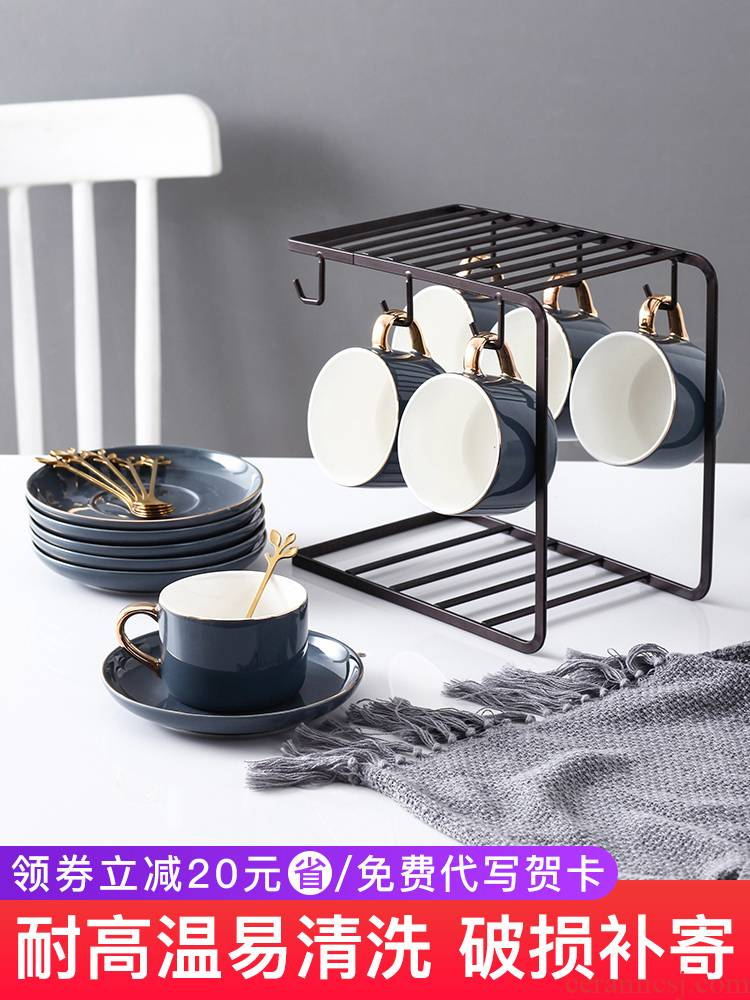 British key-2 luxury light ceramic coffee cup small European - style key-2 luxury coffee cups and saucers suit household on the afternoon of camellia tea spoon, cup