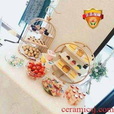Dessert table furnishing articles buffet tea table table tray to pass reveal frame, wrought iron cage afternoon tea cake aircraft heart