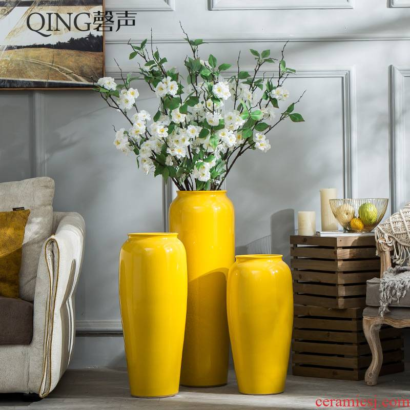 Jingdezhen ceramic vase landing, TV ark, yellow large dry flower arranging I and contracted sitting room adornment furnishing articles