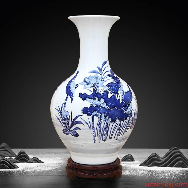 Jingdezhen ceramic hand - made the qing lotus carving furnishing articles sitting room between blue and white porcelain vase example decorations flower arrangement