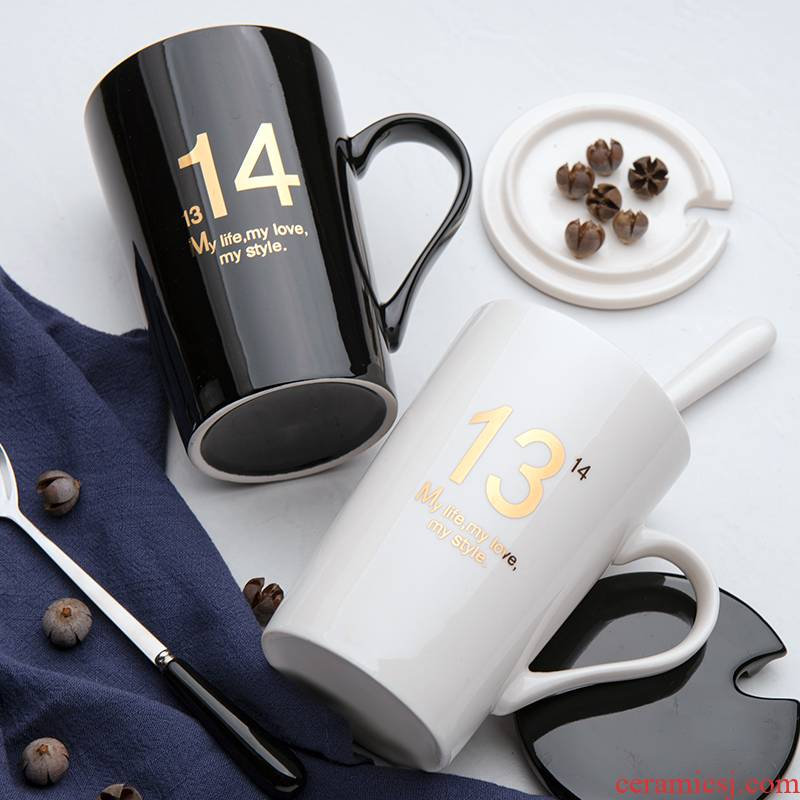 Creative ceramic cup to the model of a water cup mark cup men 's and women' s household move trend coffee cup with a spoon