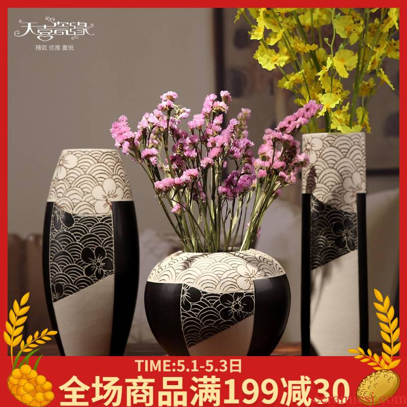 Jingdezhen ceramic three - piece table lucky bamboo vase creative modern home sitting room adornment is placed