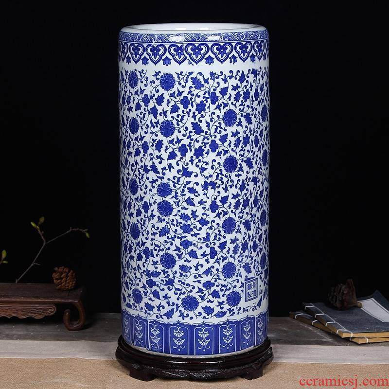 Jingdezhen ceramics quiver to receive a cylinder with the scrolls of calligraphy and painting of the blue and white porcelain vase tube study painting and calligraphy furnishing articles
