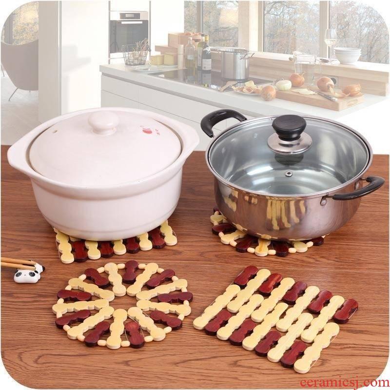 Bottom of the pot dish soup bowl put bamboo bar insulation kettle. The Food mat burn mat table of pan mount basin