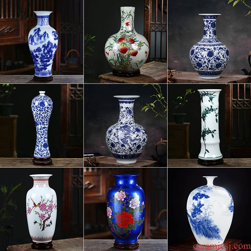 Chinese antique blue and white porcelain of jingdezhen ceramics is increasing in study lucky bamboo flower arranging dried flower vase, the sitting room porch place