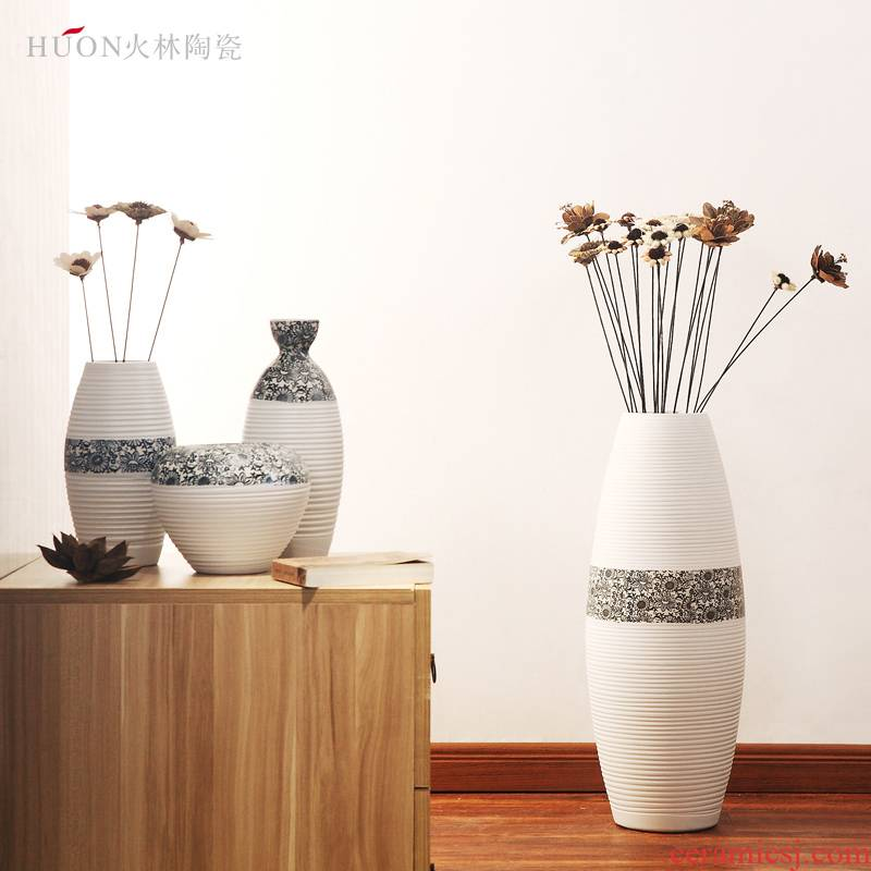 I and contracted three - piece furnishing articles dried flower vase hotel decoration decoration ceramics creative flower flower implement sitting room
