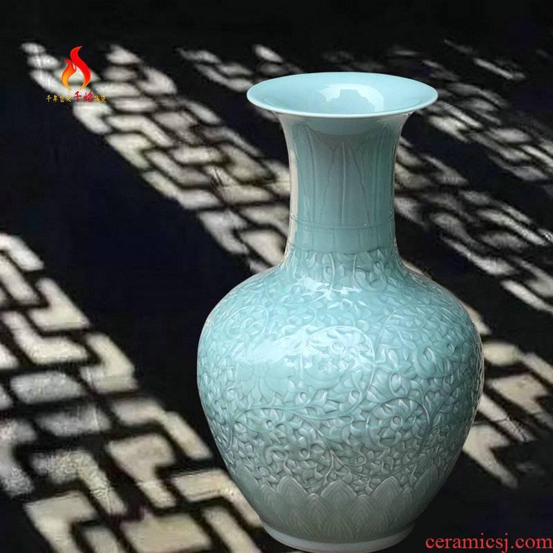 Thousands of flame jingdezhen ceramics vase landing shadow celadon carved lotus flower design Chinese put mesa