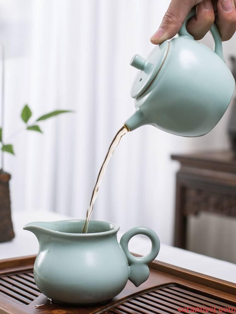And your up tea set of jingdezhen tea service ceramics slicing a complete set of kung fu tea kettle and tea pet cup
