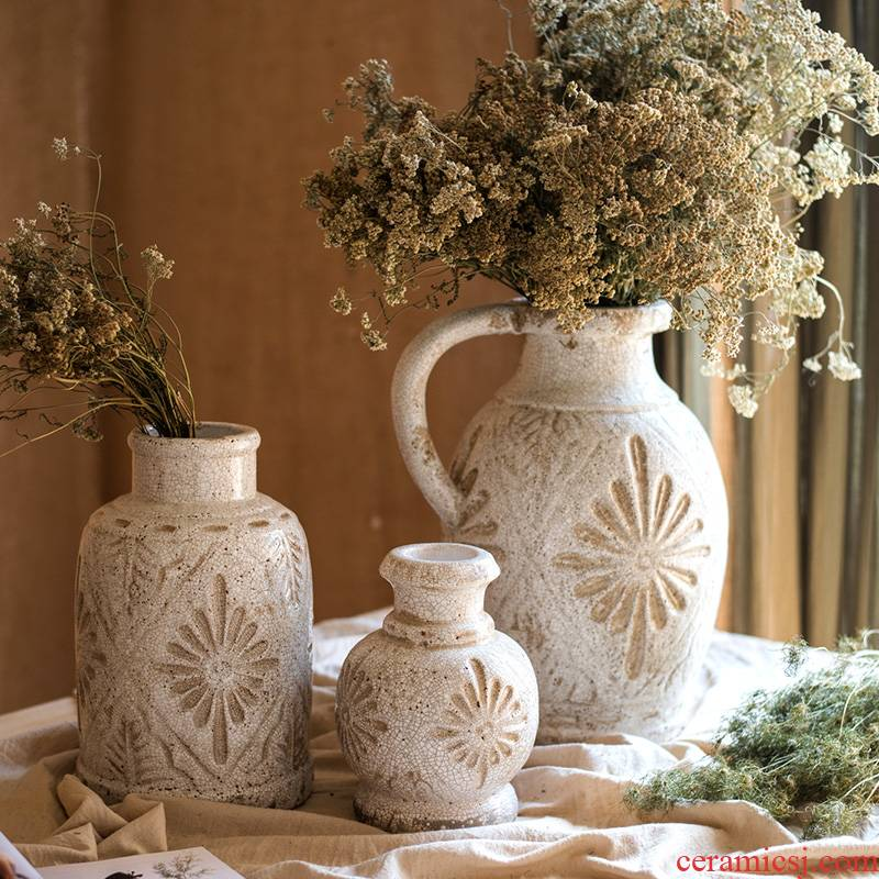 Leaders of culvert French countryside restoring ancient ways of carve patterns or designs on woodwork white porcelain ceramic vases, flower POTS flower implement manual art decoration articles furnishing articles