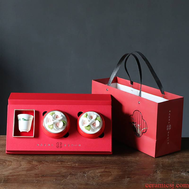 The new saffron box gift box two as cans of safflower saffron porcelain 10 g to a cup of gift customization