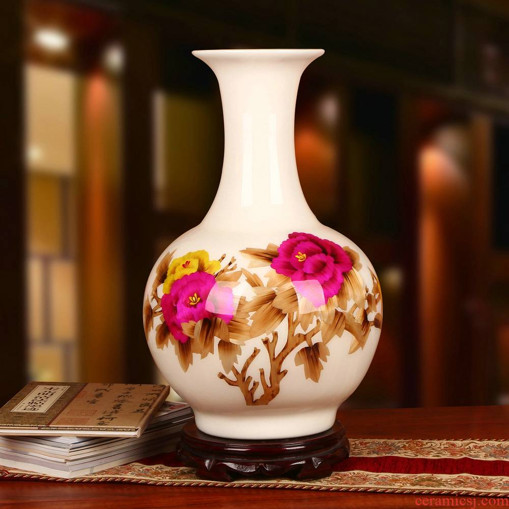 Jingdezhen ceramics white straw collection crafts are riches and honor peony vases I household adornment