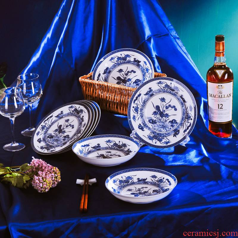 Red xin jingdezhen ceramic tableware dish covered six times six dish plate of blue and white porcelain porcelain plate