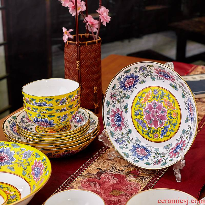 Red xin jingdezhen ancient palace colored enamel porcelain tableware suit 36 ipads ceramic bowl of Kings