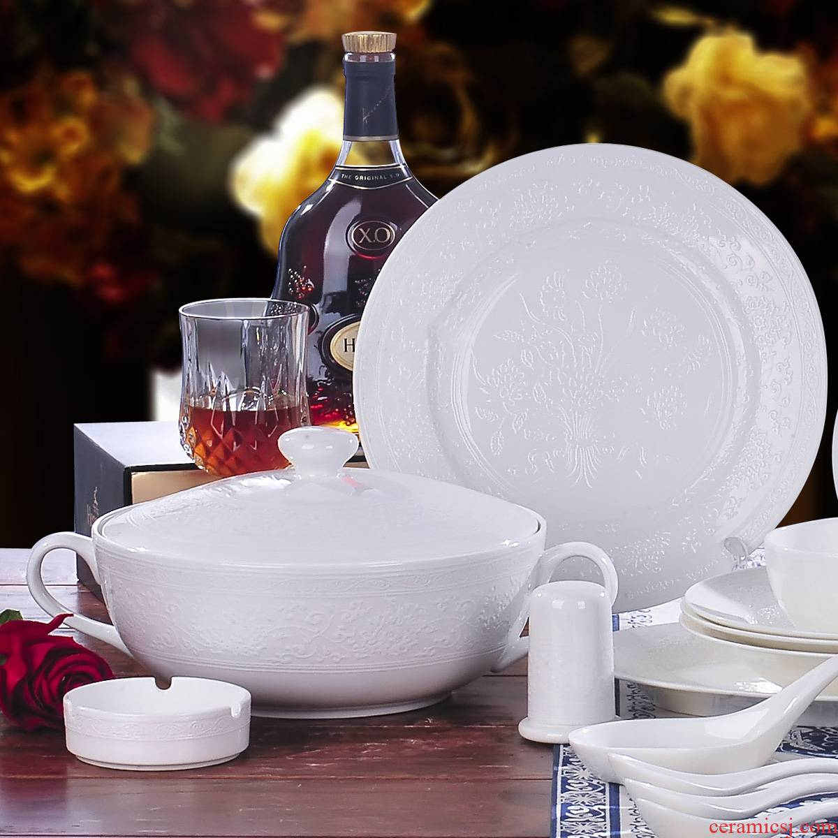 Red xin 56 head of jingdezhen ceramic tableware suit to use dishes Chinese porcelain tableware ceramic bowl white reliefs