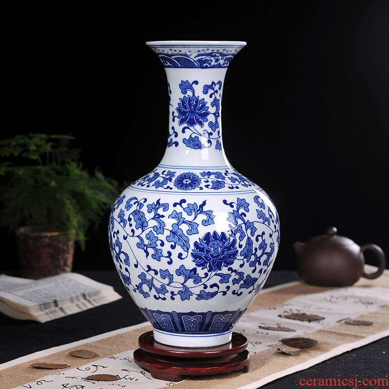 Jingdezhen blue and white porcelain vase household ceramics wine study office decoration sitting room furnishing articles