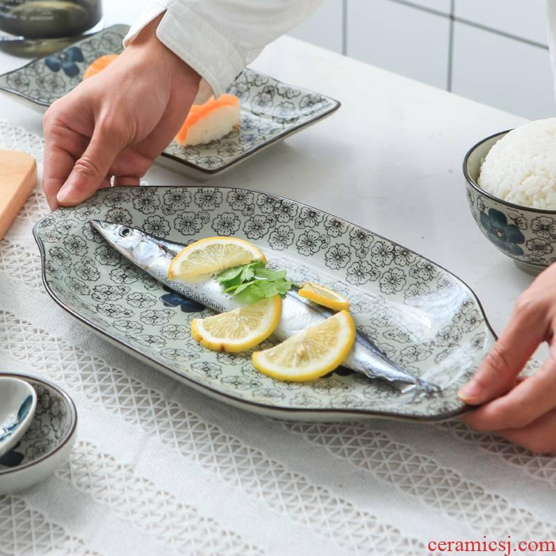 12 inches of jingdezhen porcelain dish dish dish household irregular ears fish dish creative Japanese dumpling dish