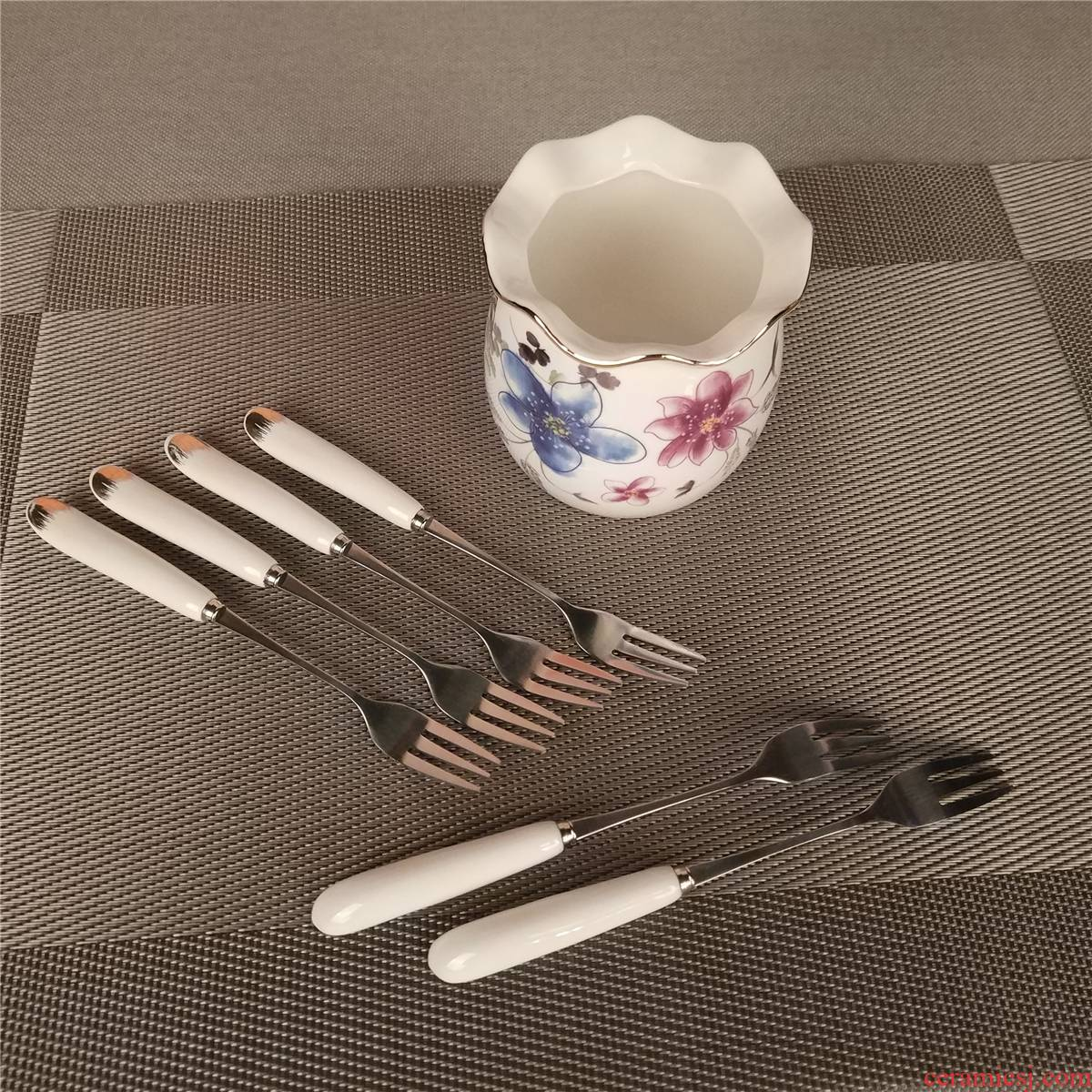 Creative color ceramic stainless steel small lovely fruit dessert fork fork fork fruit dessert fork fork suit